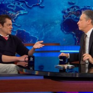 Johnny Knoxville, Jon Stewart