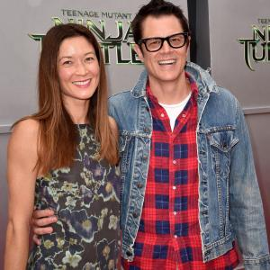 Johnny Knoxville, Naomi Nelson