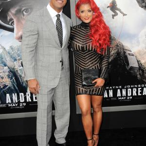 Dwayne Johnson and Eva Marie at event of San Andreas (2015)