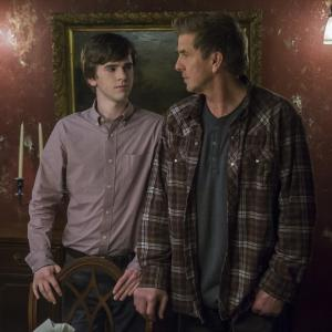 Freddie Highmore, Kenny Johnson