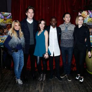 Alan Cumming, Kristin Chenoweth, Elijah Kelley, Evan Rachel Wood, Meredith Anne Bull, Sam Palladio