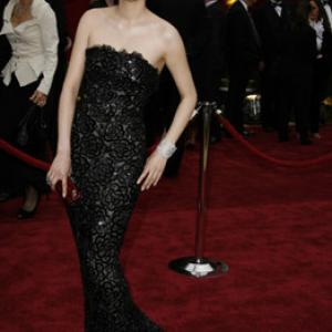Rinko Kikuchi at event of The 79th Annual Academy Awards (2007)