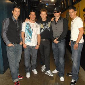 Jordan Knight, Donnie Wahlberg, Jonathan Knight, Joey McIntyre, Danny Wood, New Kids on the Block