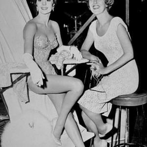 Gypsy Natalie Wood and the real Gypsy Rose Lee on set 1962Warner Bros