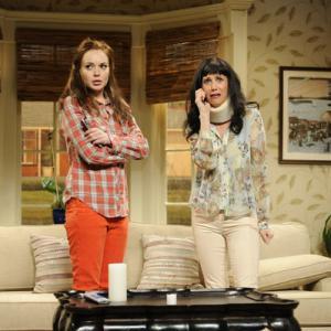 Still of Lindsay Lohan and Kristen Wiig in Saturday Night Live (1975)