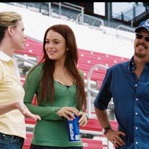 Still of Michael Keaton, Cheryl Hines and Lindsay Lohan in Herbie Fully Loaded (2005)