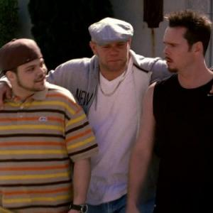 Still of Kevin Dillon, Domenick Lombardozzi and Jerry Ferrara in Entourage (2004)
