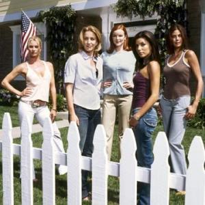 Still of Teri Hatcher, Nicollette Sheridan, Felicity Huffman, Marcia Cross and Eva Longoria in Nusivylusios namu seimininkes (2004)