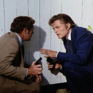 Still of Jack Lord and James MacArthur in Hawaii Five-O (1968)