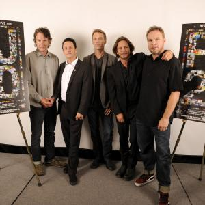 Jeff Ament, Matt Cameron, Stone Gossard, Mike McCready, Eddie Vedder, Pearl Jam