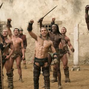 Still of Manu Bennett, Peter Mensah and Dustin Clare in Spartacus: Gods of the Arena (2011)