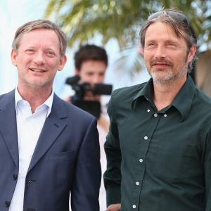 Douglas Henshall and Mads Mikkelsen at event of The Salvation 2014