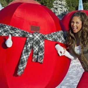 Still of Vanessa Lachey in Wipeout 2008