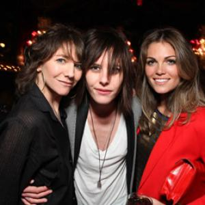 Ilene Chaiken, Katherine Moennig and Kate French at event of The L Word (2004)