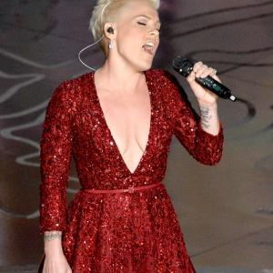 Pink at event of The Oscars (2014)