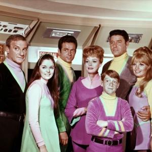 June Lockhart, Angela Cartwright, Mark Goddard, Jonathan Harris, Marta Kristen, Bill Mumy, Guy Williams