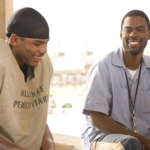Still of Chris Rock and Nelly in The Longest Yard (2005)