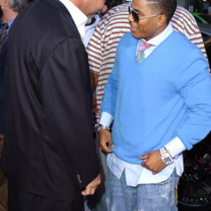 Bill Goldberg and Nelly at event of The Longest Yard (2005)