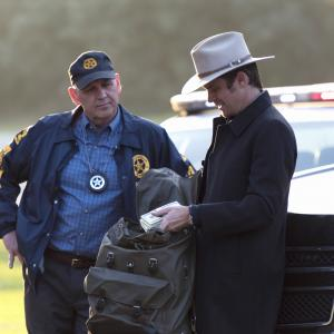 Timothy Olyphant, Nick Searcy