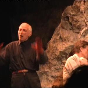 TorinoTeatro Carignano MATTIA MACHIAVELLI conseduto su un sassoANTONIO ORFANO in una scena di Upupa My Dream is My Rebel Kingregia di ANTONIO ORFANO