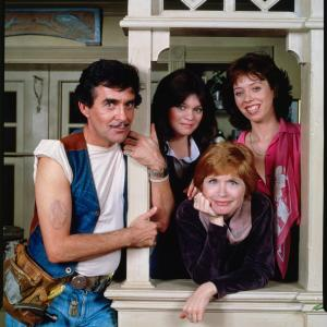 Valerie Bertinelli, Bonnie Franklin, Pat Harrington Jr., Mackenzie Phillips