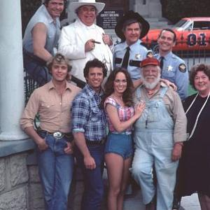 Catherine Bach, James Best, Sorrell Booke, Ben Jones, Denver Pyle, Peggy Rea, John Schneider, Sonny Shroyer, Tom Wopat
