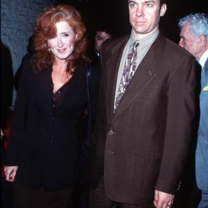 Michael O'Keefe and Bonnie Raitt at event of Ghosts of Mississippi (1996)