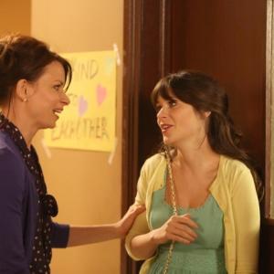 Still of Zooey Deschanel and Mary Lynn Rajskub in New Girl (2011)