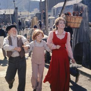 Mickey Rooney, Sean Marshall, Helen Reddy
