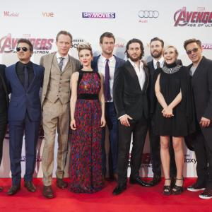 Robert Downey Jr., Paul Bettany, Chris Evans, Scarlett Johansson, Elizabeth Olsen, Jeremy Renner, Mark Ruffalo, Andy Serkis, Aaron Taylor-Johnson, Chris Hemsworth