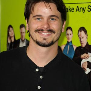 Jason Ritter at event of Septyni psichopatai (2012)