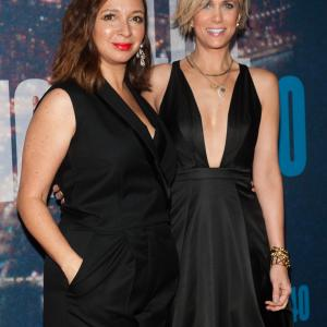 Maya Rudolph and Kristen Wiig at event of Saturday Night Live: 40th Anniversary Special (2015)