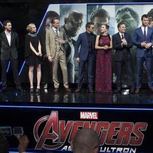 Robert Downey Jr., Paul Bettany, Chris Evans, Scarlett Johansson, Elizabeth Olsen, Jeremy Renner, Mark Ruffalo, Andy Serkis, Joss Whedon, Aaron Taylor-Johnson, Chris Hemsworth