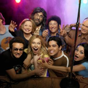 THAT '70s SHOW: The special one-hour premiere of the eighth season of THAT '70s SHOW airs Wednesday, Nov. 2 (8:00-9:00 PM ET/PT) on FOX. Front row L-R: Danny Masterson, Laura Prepon, Wilmer Valderrama, Mila Kunis. Second row L-R: Josh Meyers, Debra Jo Rupp, Tommy Chong, Don Stark, Kurtwood Smith.