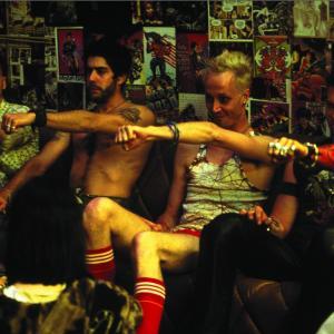 Still of Val Kilmer, Adam Goldberg, Peter Sarsgaard and Ricky Trammell in The Salton Sea (2002)