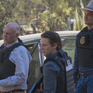 Timothy Olyphant, Jacob Pitts, Nick Searcy