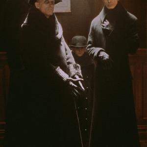 Still of Richard O'Brien and Bruce Spence in Dark City (1998)