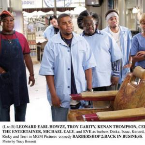 Still of Troy Garity Cedric the Entertainer Kenan Thompson Michael Ealy Eve and Leonard Earl Howze in Barbershop 2 Back in Business 2004