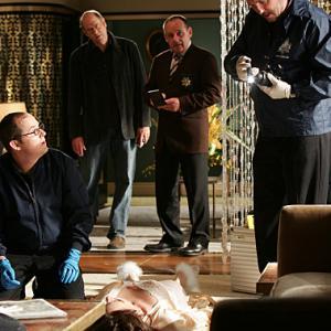 Still of Paul Guilfoyle William Petersen Stephen Tobolowsky and David Berman in CSI kriminalistai 2000