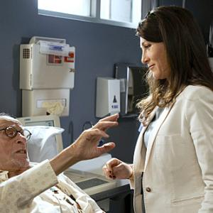 Still of Eve Best and Eli Wallach in Nurse Jackie 2009