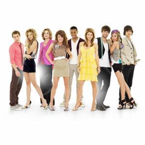 Still of Lori Loughlin, Jessica Walter, Shenae Grimes-Beech, Michael Steger, Dustin Milligan, AnnaLynne McCord, Jessica Stroup, Tristan Wilds and Ryan Eggold in 90210 (2008)