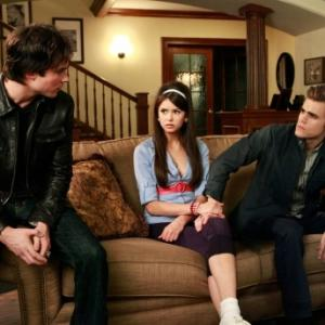 Still of Ian Somerhalder Paul Wesley and Nina Dobrev in Vampyro dienorasciai 2009