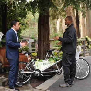 Still of Damon Wayans Jr. and Jake Johnson in New Girl (2011)