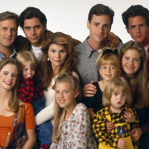 Mary-Kate Olsen, John Stamos, Andrea Barber, Candace Cameron Bure, Dave Coulier, Lori Loughlin, Bob Saget, Jodie Sweetin, Scott Weinger
