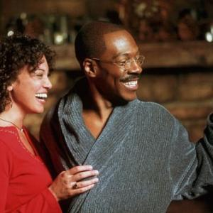 Still of Eddie Murphy and Kristen Wilson in Dr Dolittle 2 2001