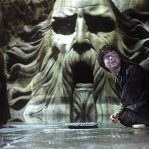 (L-r) Ginny Weasley (BONNIE WRIGHT) and Harry Potter (DANIEL RADCLIFFE) in the Chamber of Secrets.