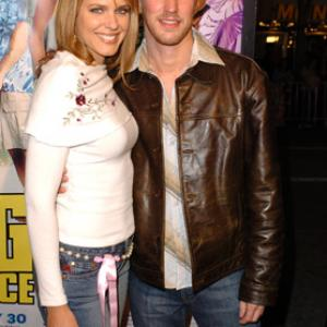 Kyle Lowder and Arianne Zucker at event of The Big Bounce (2004)