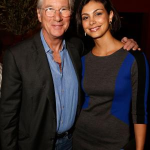 Richard Gere and Morena Baccarin at event of Apgaulinga aistra (2012)