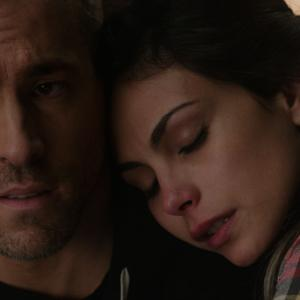 Still of Ryan Reynolds and Morena Baccarin in Deadpool (2016)
