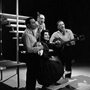 Sid Dolgay, Jerry Goodis, Simone Johnston, Jerry Gray, The Travellers